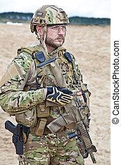 soldier in the desert