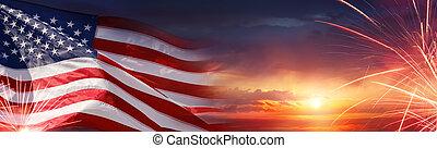 usa, -, napnyugta, amerikai, tűzijáték, lobogó, ünneplés
