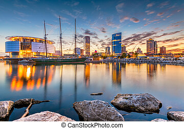 usa, wisconsin, milwaukee, skyline