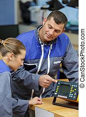 usage, comment, équipement, électrique, apprentissage, apprenti