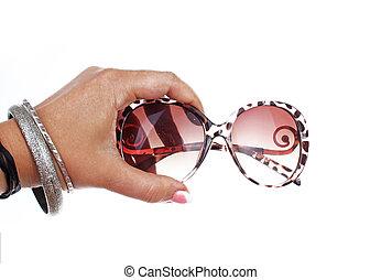 usage, femme, lunettes soleil, tenue, photo, concept., éclairage, isolé, main, arrière-plan., chaque, facile, studio, blanc, coupure