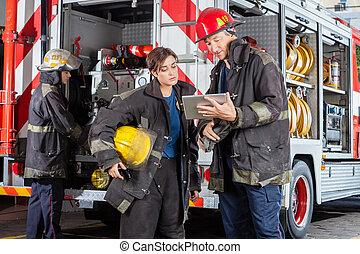 usando, bombeiros, computador, tabuleta