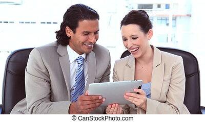 usando, digitale, tavoletta, affari, Persone
