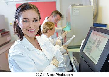 usando, medico, scienziati, macchinario, digitale, laboratorio