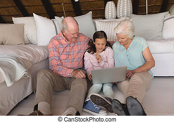 usando, multi-generation, laptop, famiglia
