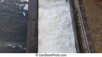 usine hydroélectrique, puissance