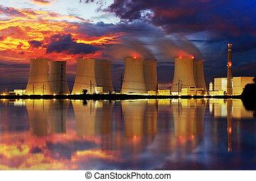 usine nucléaire, puissance, nuit