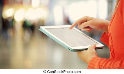 Using a tablet PC in a public place