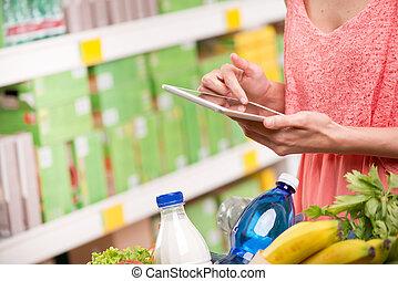 Using food app at store