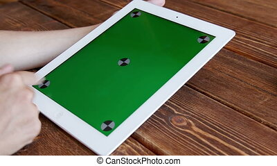 Using tablet pc touchscreen - Using tablet pc with green ...