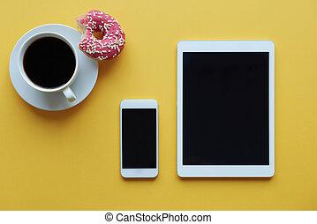 Using wireless technology during coffee break