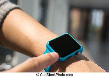 uso, relógio, wearable, homem