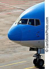 utas, repülőgép, orr