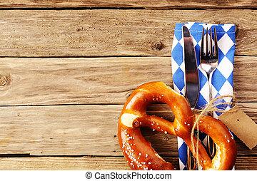 utensili mangiare, con, uno, bavarese, pretzel