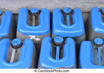 utilisé, vieux, boîtes, plastique