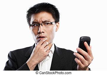 utilisation, appeler, quand, vidéo, homme affaires, curieux, expression