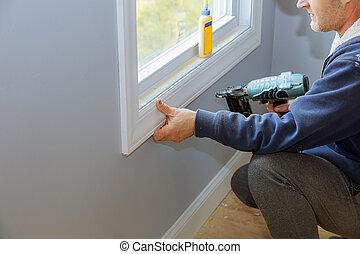 utilisation, clou, charpentier, fusil, air, fenêtre, moldings