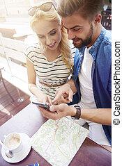 utilisation, couple, smartphone, café