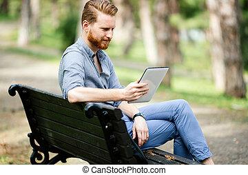 utilisation, homme affaires, pc, tablette, nature
