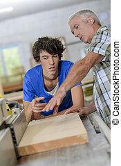 utilisation, scie, charpentiers, bande