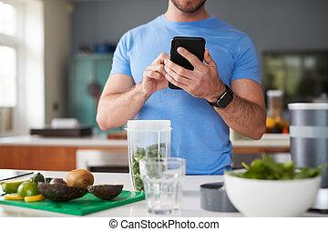 utilizar, calorías, bebida, poste, jugo, cuente arriba, rastreador, condición física, elaboración, entrenamiento, hombre, él, cierre
