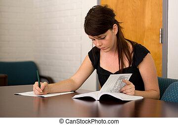 utilizar, catálogo, estudiante universitario