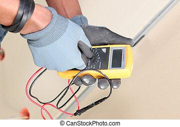 utilizar, electricista, voltímetro