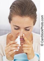 utilizar, mujer, nasal, gotas
