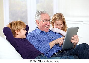 utilizar, niños, electrónico, etiqueta, aduelo