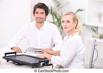 utilizar, pareja, hotplate, eléctrico, tabletop