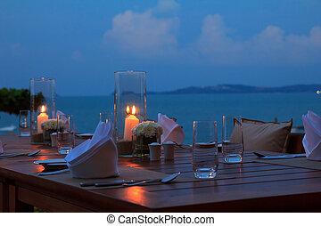 utomhus, skymning, restaurang, middag sätta, bord, strand