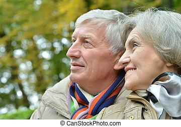 utomhus, Spenderande, par, äldre, tid, vänskapsmatch