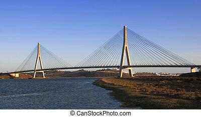 utrikes överbrygg, in, den, guadiana, flod, mellan, spanien, och portugal