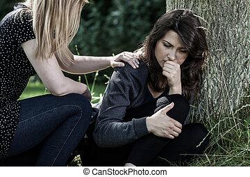 utulając, kobieta, jej, przyjaciel, opłakiwanie