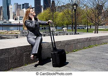 vállalkozó, nő, telefon