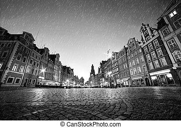város, öreg, cobblestone, poland., eső, wroclaw, történelmi, fekete, fehér, night.