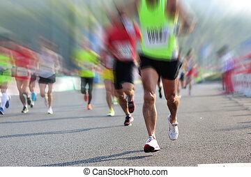 város emberek, faj, lábak, futás, maratoni futás, út