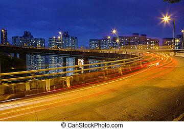 város forgalom, éjjel