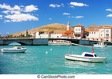 város, horvátország