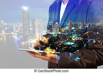 város, tabletta, megkettőz, használ, digitális, üzletember, ...