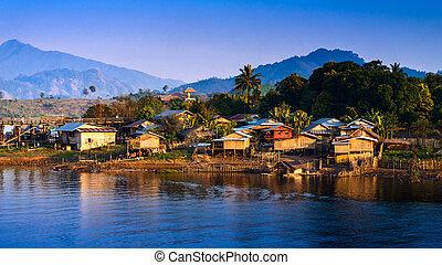 város, thaiföld, sangklaburi, úszó, kanchanaburi