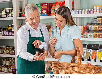 vásárló, elősegít, bevásárlás, drogéria, női, idősebb ember, eladó