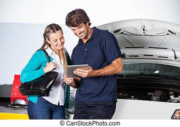 vásárló, tabletta, autó, digitális, technikus, használ