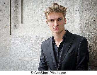 vägg, jacka, ung, mot, attraktiv, blond, man