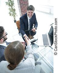 välkommen, handslag, mellan, a, jurist, och, a, klient