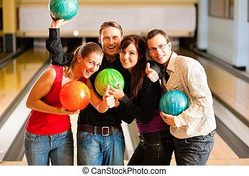 vänner, bowling, tillsammans