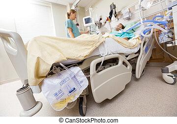 väska, urin, säng, fäst