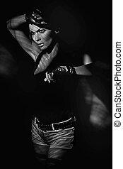 vékony rajzóra, fénykép, közül, egy, fiatal, atlétikai, woman hatalom, revolverek
