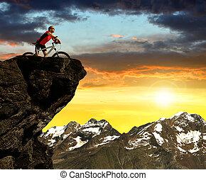 vélo, coucher soleil, cycliste