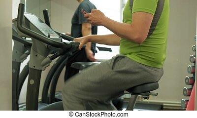 vélo exercice, style de vie, homme, gym., sain, concept